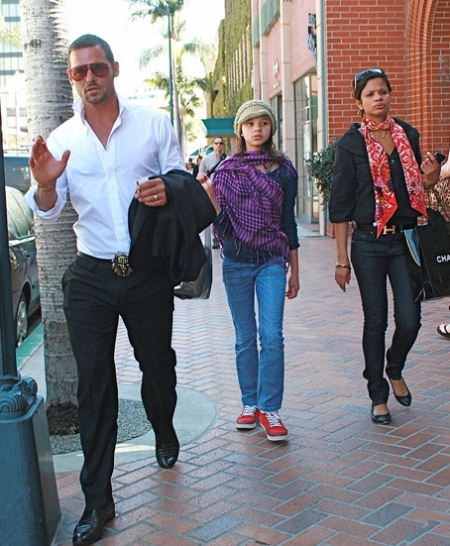 justin-chambers-rodeo-drive-03