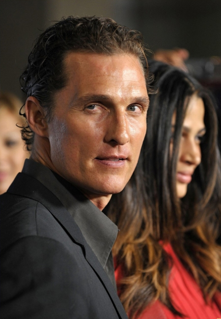 matthew-mcconaughey-camila-alves-one-peace-03