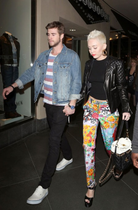 miley-cyruS + liam-hemsworth