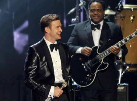 justin-timberlake-brit-awards-mirrors-performance-video-12