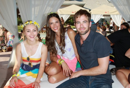 chris-pine-alessandra-ambrosio-lacoste-live-pool-party-03