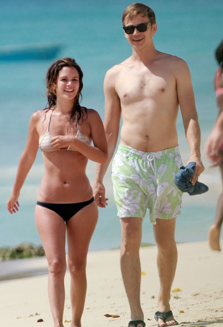 hayden-christensen-shirtless-rachel-bilson-