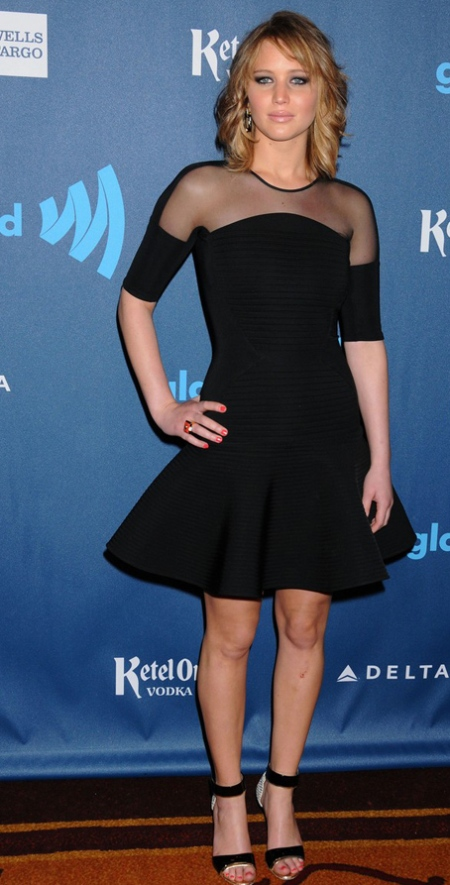 jennifer-lawrence-new-short-hair-at-glaad-media-awards-201303