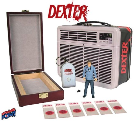 Dexter-Figure-in-Tin-Tote-