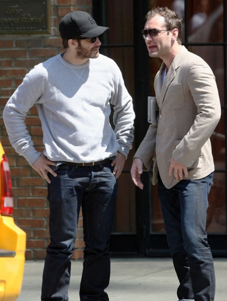 jake-gyllenhaal-jude-law