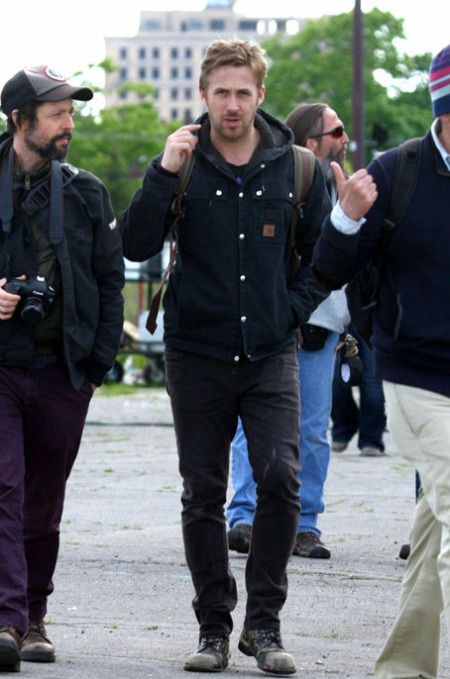 ryan-gosling-on-monster-set-06
