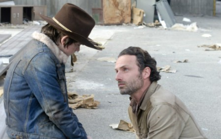 walking-dead-carl-rick-chandler-riggs-andrew-lincoln-season-3-finale-amc
