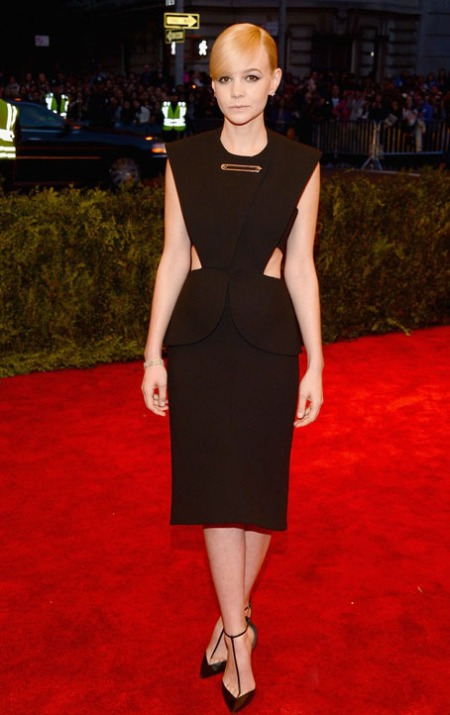 carey-mulligan-red-carpet-met-ball