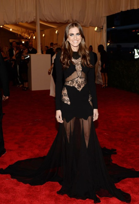 lena-dunham-allison-williams-met-ball-2013