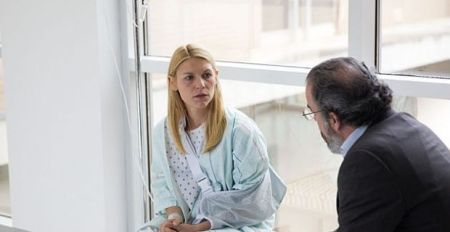 Claire-Danes-and-Mandy-Patinkin-in-Homeland-Season-3-Episode-9